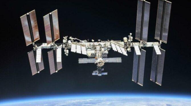 Film çekimi için uzaya yönetmen ve oyuncu gönderiliyor