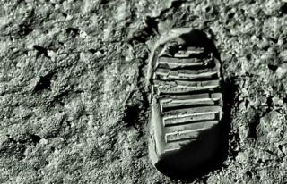 Ay 'a ilk çıkan insan kimdir, Ay 'a giden ilk...