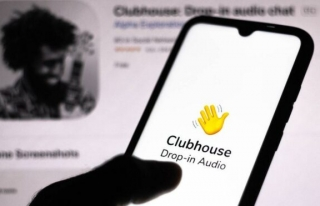 Clubhouse'dan yazılı mesaj hamlesi