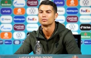 Cristiano Ronaldo, Instagram listelerini alt üst...