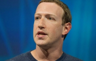 Facebook'un sızan verileri arasında Mark Zuckerberg'in...