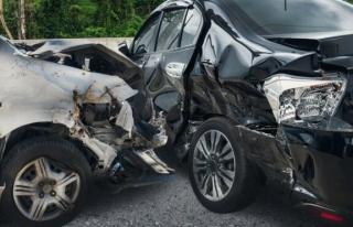 Kadınların trafik kazasında yaralanmasının sebebi...