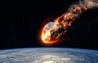 NASA, Dünya'ya bir gök taşı çarpması ihtimaline...