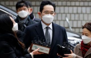 Son dakika… Samsung 'un iki numarasına hapis...