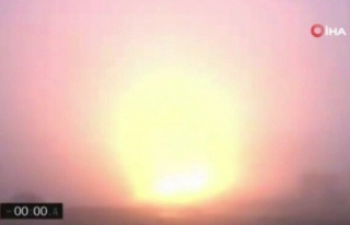 SpaceX 'in roketi iniş sırasında infilak etti